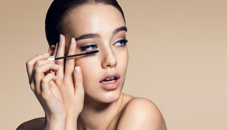 5 Chemicals You Need To Avoid in Your Cosmetics