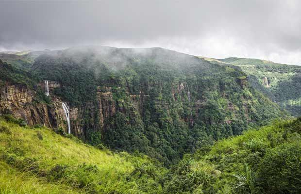 places it rains whole year,rains whole year ,मासिनराम, मेघालय, भारत, चेरापूंजी, मेघालय, भारत , टटेंडो, कोलंबिया, दक्षिण अमेरिका, क्रोप्प नदी, न्यूजीलैंड, सैन एंटोनियो, अफ्रीका