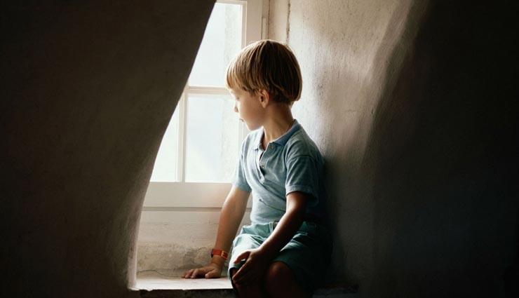 relationship tips,parenting tips,parents strictness in child habit ,रिलेशनशिप टिप्स. पेरेंटिंग टिप्स, बच्चों की आदतों में सख्ती