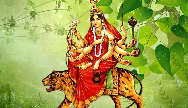 Navratri Special 2019 : माता चंद्रघंटा करती है भक्तों के कष्टों का निवारण, इन मंत्रों के जाप से प्रसन्न होंगी देवी मां
