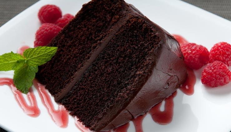 इस तरह घर पर ही बनाए 'चॉकलेट केक', बनेगा यम्मी एंड टेस्टी #Recipe