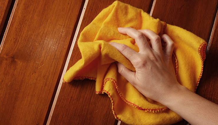 tips to clean wooden doors,doors cleaning tips,household tips