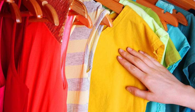ब्रांडेड कपड़े खरीदते समय कहीं हो ना जाए धोखा, रखें इन बातों का ध्यान