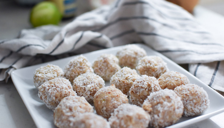 Recipe- Easy Energy Bites Made With Oats, Desiccated Coconut and Cardamom