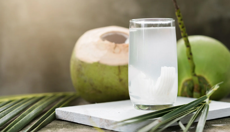 Coconut Water Does Miracles on Dry and Lifeless Skin By Nourishing it, Read For More Such Benefits