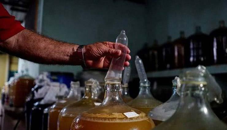 यहाँ कंडोम से बनाई जाती है शराब, लोग करते है इसकी खूब तारीफ़