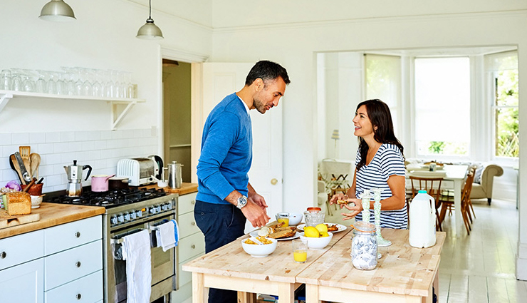 couple cooking together,benefits of couple cooking together,couple tips,relationship tips