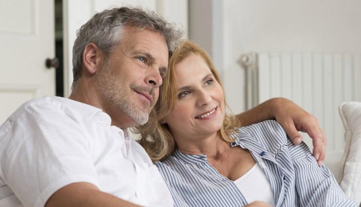 जानिए बड़ी उम्र में शादी करने के क्या-क्या होतें है फायदें