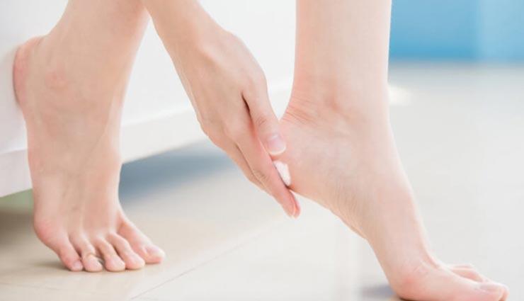 beauty tips,beauty tips in hindi,cracked ankles remedies,the beauty of ankles,ankles safety ,ब्यूटी टिप्स, ब्यूटी टिप्स हिंदी में, एडियों की सुन्दरता, फटी एडियों से बचाव, घरेलू उपाय