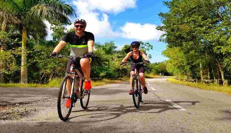 अगर रखते हैं साइकिलिंग का शौक, ये रास्ते बनेंगे बेहतरीन विकल्प