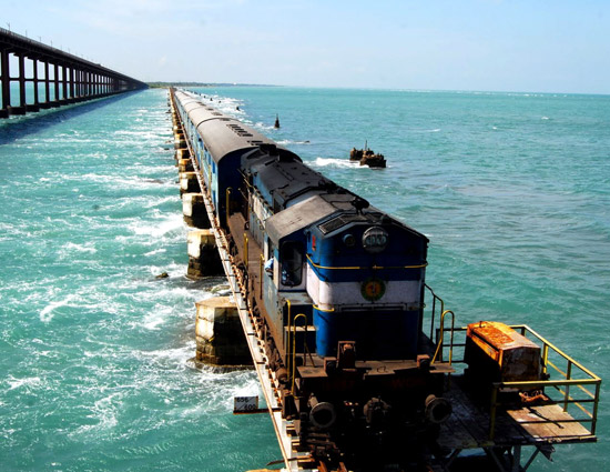 5 Most Dangerous Railway Routes in the World