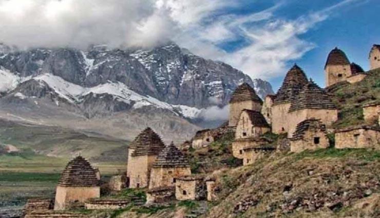 मुर्दों का शहर कहलाता हैं यह रहस्यमयी गांव, कभी लौटकर वापस नहीं आया यहां जाने वाला