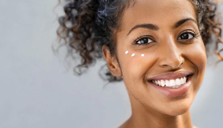 beauty benefits of honey,beauty tips,beauty hacks,honey benefits
