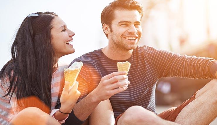 dating tips,date in the rain,dating idea,girlfriend on a date ,डेटिंग टिप्स, बरसात में डेटिंग, डेटिंग आईडिया, गर्लफ्रेंड को डेट पर ले जाने के आईडिया