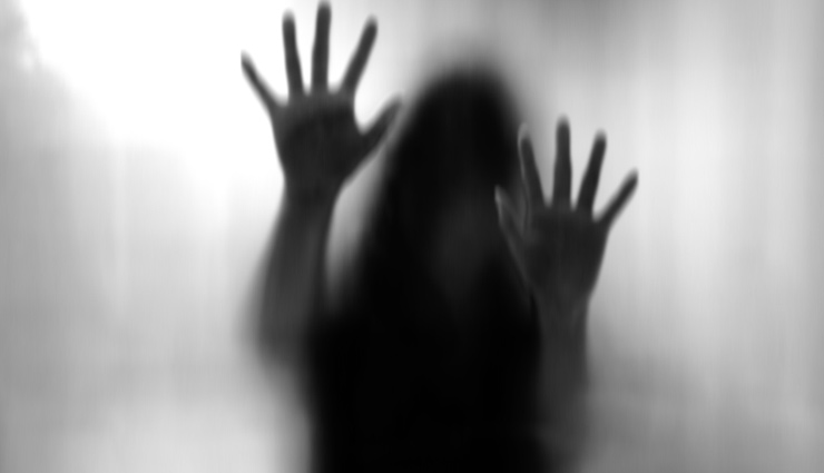 bar dancer stripped,refusing sexual favours,news,hyderabad