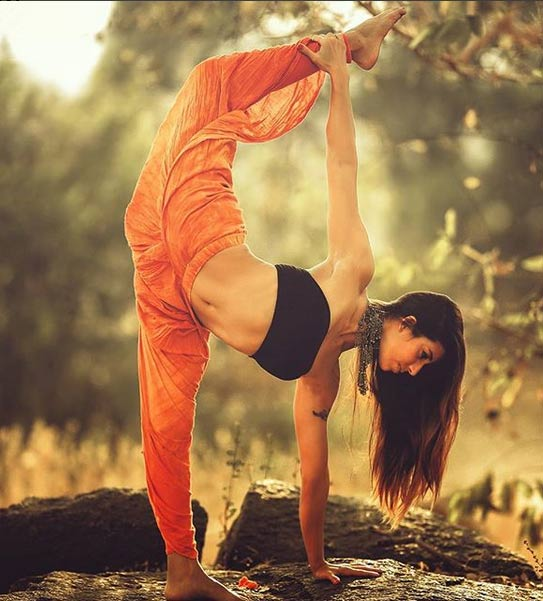 5 Hottest Yoga Trainers Who Have More Followers Than any Celebrity