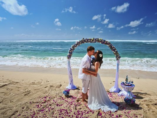 places for destination wedding,destination wedding places in the world,riviera maya,mexico,kent,england,camps bay,cape town,south africa,estes park,colorado,krabi,thailand