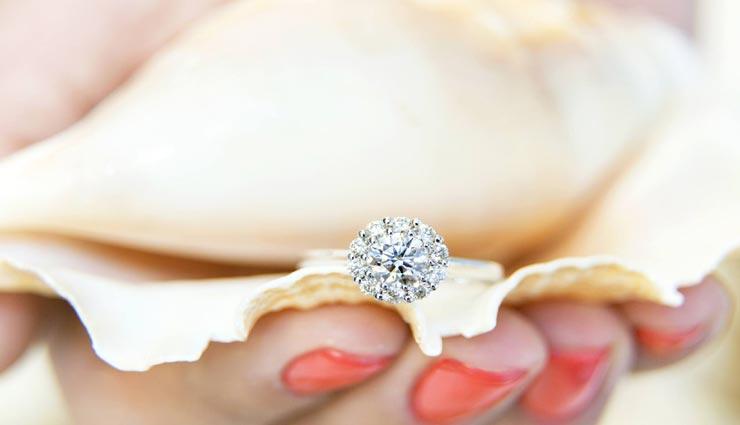 home tips,jewelry tips,jewelry care tips,diamond jewelry,take care of diamond jewelry ,होम टिप्स, ज्वेलरी टिप्स, ज्वेलरी की देखभाल, हीरे के आभूषण, हीरे के आभूषण का रखरखाव