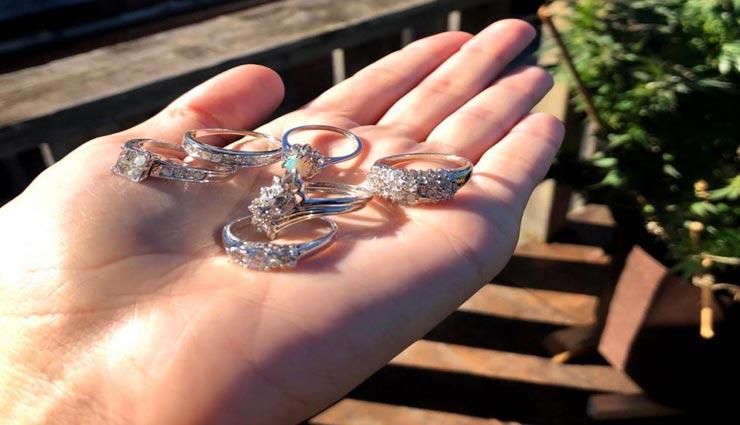 lucky couple,diamond ring,diamond ring in game board,ring cost in lakhs,toronto,weird story ,अनोखी खबर, लकी कपल, डायमंड रिंग, रिंग की कीमत लाखों में, गेम बोर्ड में मिली रिंग