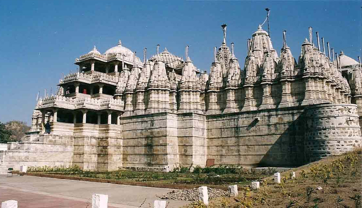Let's Know about Dilwara Jain Temple, Mount Abu