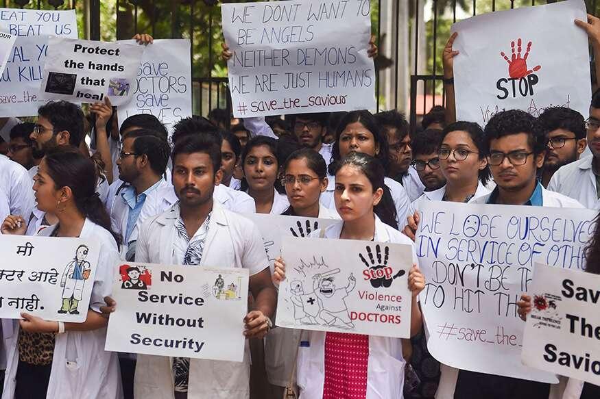 healthcare services in delhi,delhi,doctors on strike,west bengal