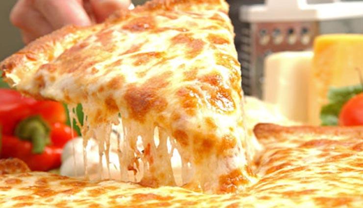 बच्चे हो या बड़े सभी को पसंद आएगा ये डबल चीज़ पिज़्ज़ा #Recipe