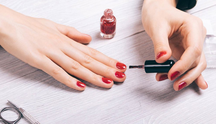 4 Ways To Dry Your Nail Polish Quickly
