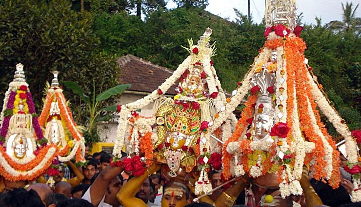 bastar dushera,mysore dasara,kullu dussehra,madikeri dasara,kota dussehra,mangalore dasara,dussehra festival in india,places to enjoy dussehra festival in india,india
