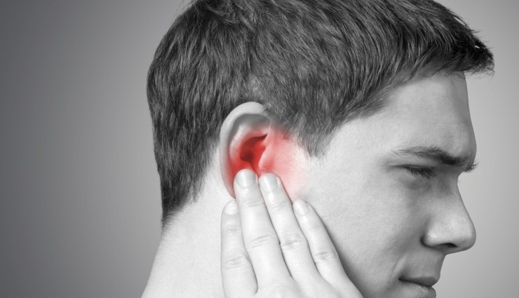5 Tips To Treat Itchy Ears at Home