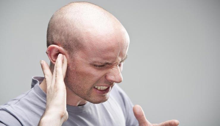 Health tips,health tips in hindi,ear problems,home remedies,garlic juice remedies ,हेल्थ टिप्स, हेल्थ टिप्स हिंदी में, कान में समस्या, घरेलू उपचार, लहसुन के रस के उपाय