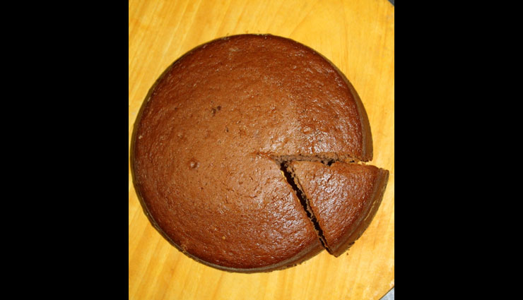 eggless cake in pressure cooker,eggless cake,cake recipe,homemade cake,recipe
