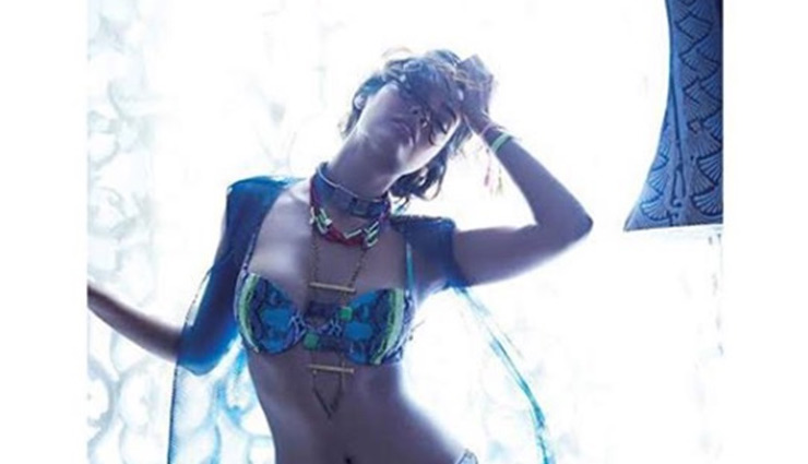 PICS- Esha Gupta Looks Smoking HOT in Latest Bikini Photoshoot
