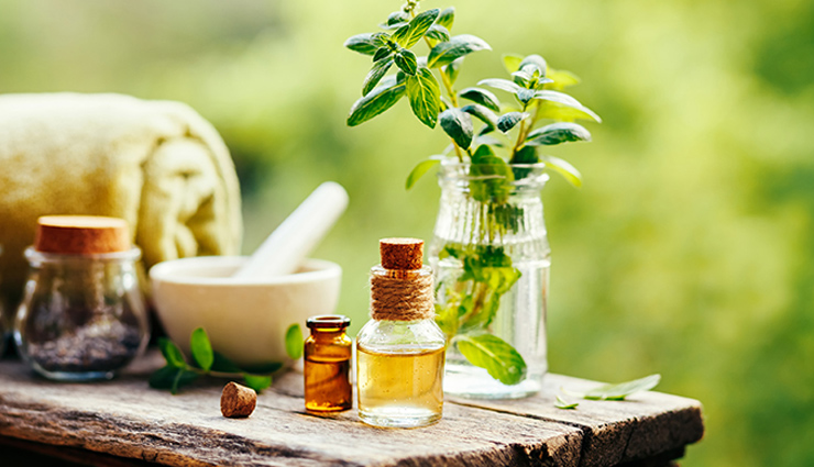 7 Essential Oils To Treat Migraines and Headaches