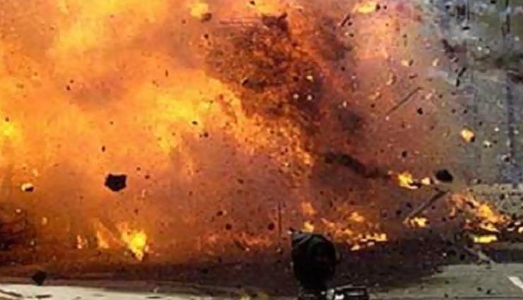 पाकिस्तान : होटल की पार्किंग में हुआ धमाका, यहीं ठहरे थे चीनी राजदूत, 4 की मौत, 13 घायल