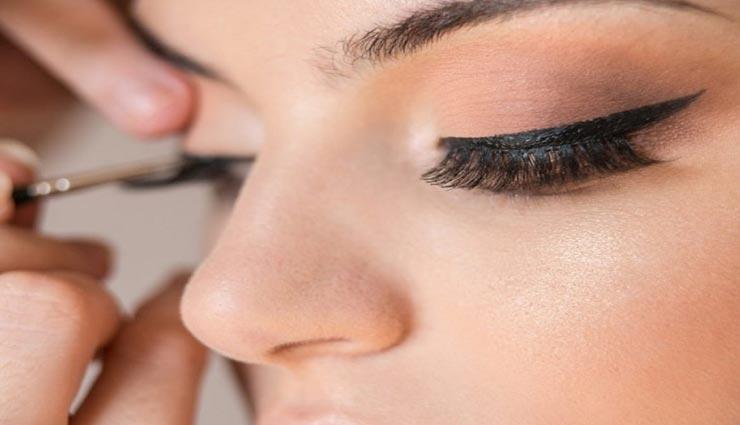 beauty tips,beauty tips in hindi,makeup tips,kajal tips ,ब्यूटी टिप्स, ब्यूटी टिप्स हिंदी में, काजल लगाने के टिप्स, मेकअप टिप्स