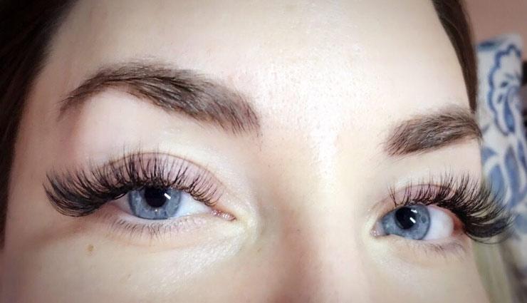 घनी पलकें बढ़ाती है आँखों की सुंदरता, इन्हें पाने के लिए करें ये उपाय
