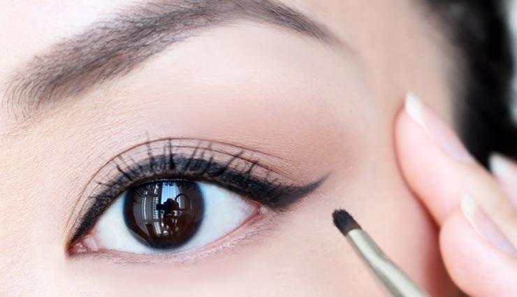 beauty tips,beauty tips in hindi,eyeliner rules,eyeliner tips,attractive eyes ,ब्यूटी टिप्स, ब्यूटी टिप्स हिंदी में, आईलाइनर के नियम, आईलाइनर के टिप्स, आंखों का आकर्षण