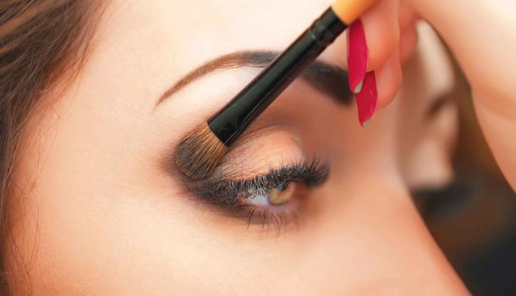 ये मेकअप टिप्स बनाएँगे आपकी आँखों का आकर्षण, डालेंगी ख़ूबसूरती का कहर