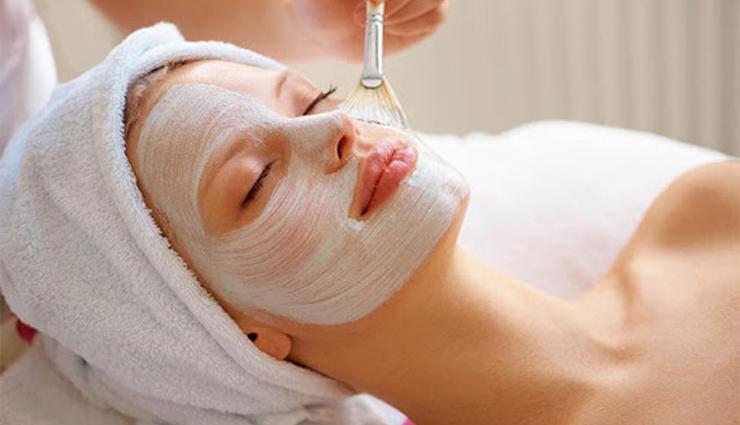 Homemade Beasn and Aloe Vera Face Mask For All Skin Types