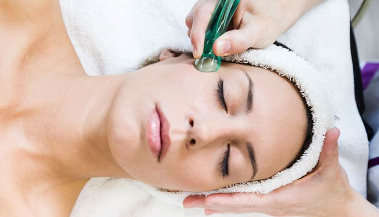 5 Beauty Benefits of Facial Cupping