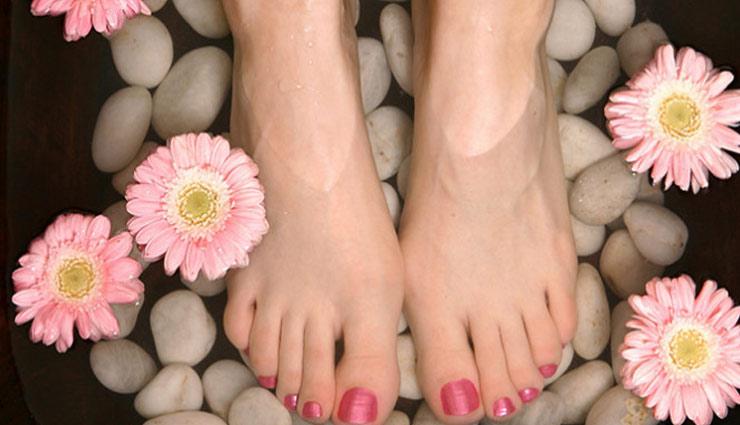 beauty tips,feet tips,sun tanning,simple beauty tips ,पैरो की टैनिंग, ब्यूटी टिप्स, पांवों की सुरक्षा