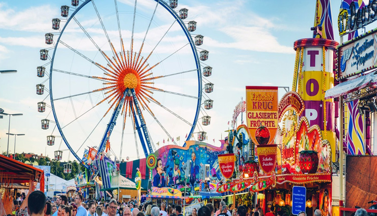 oktoberfest,munich,reasons to visit munich,places to visit in munich,feat in munich