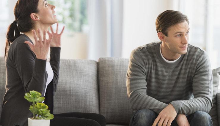 हर पति में होती है ये 5 आदतें, जिन्हें पत्नी चाहकर भी नहीं बदल पाती