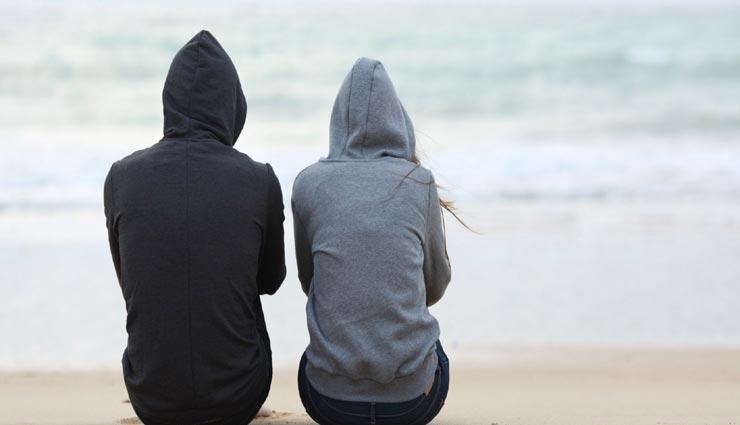 खुशहाल शादीशुदा जिदंगी को बर्बाद कर सकती हैं ये गलतियाँ, ना आने दे इन्हें अपने रिश्ते के बीच