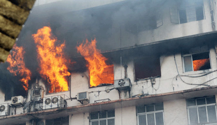 fire breaks out at hotel in south mumbai,south mumbai,,fire in hotel,news