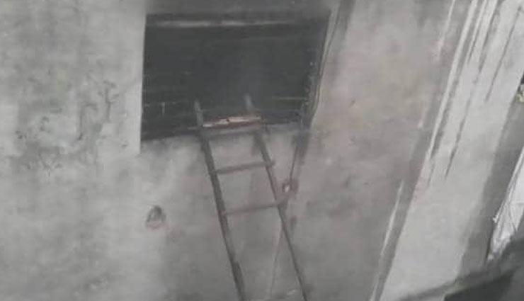 दिल्ली अनाज मंडी अग्निकांड: फैक्ट्री मालिक की तलाश, हिरासत में बिल्डिंग मालिक का भाई, केजरीवाल सरकार बोली- दोषियों को बख्शेंगे नहीं