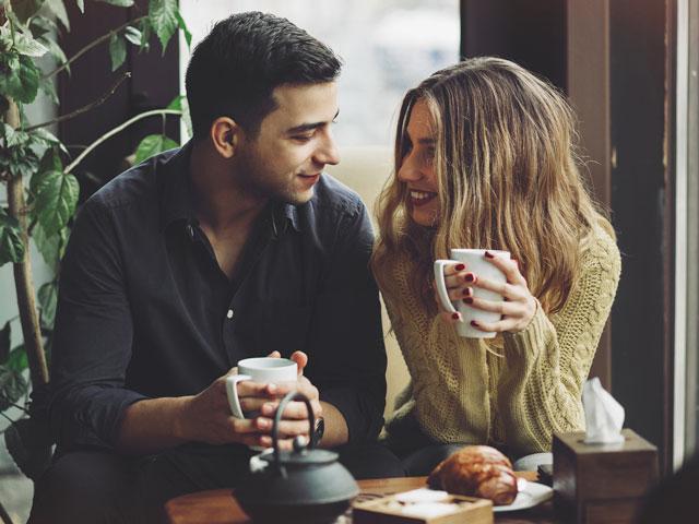 first date,first date tips,valentines 2019 ,वैलेंटाइन 2019, रोज डे 2019, फर्स्ट डेट, फर्स्ट डेट टिप्स, रिलेशनशिप टिप्स, लड़कों के टिप्स