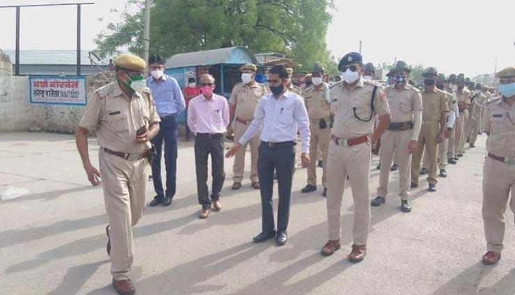 बाड़मेर : नीयत समय के बाद खुली दुकानों को पुलिस ने किया सीज, किया जा रहा संस्थागत क्वॉरेंटाइन