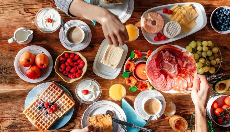 नाश्ते में ये आहार लेना डाल सकता है आपको दिक्कत में, जानें और बचकर रहें