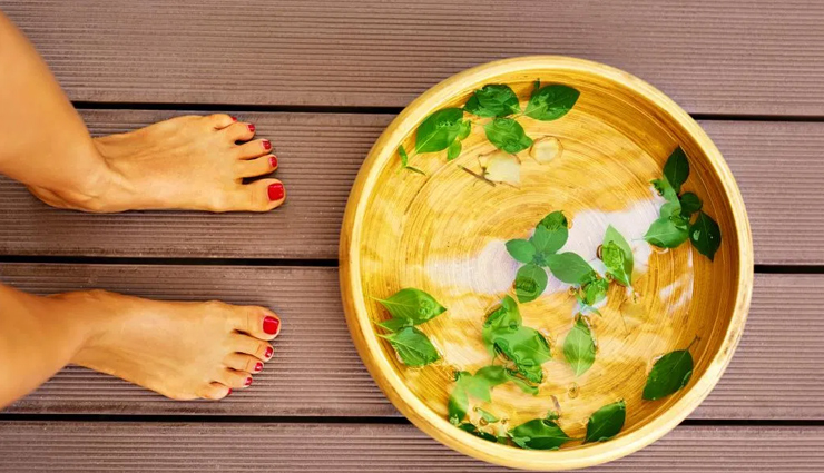 Step By Step Guide To Do Foot Pedicure at Home